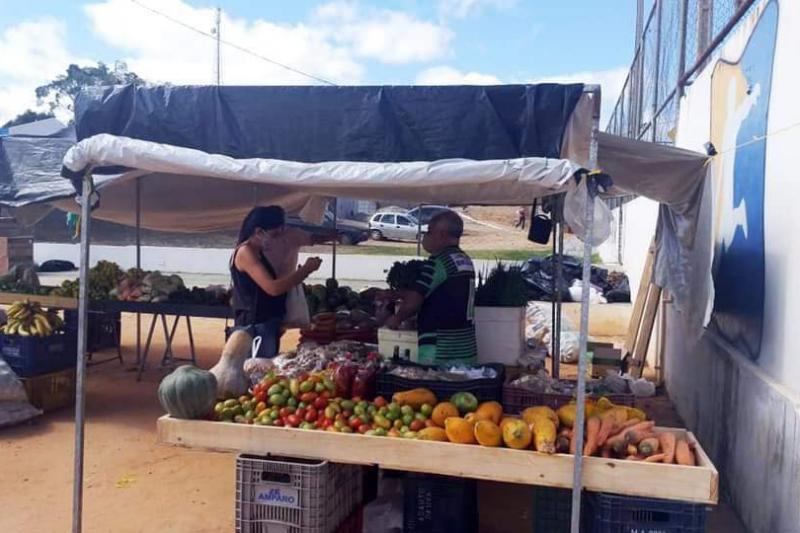 Prefeitura de Guajeru faz adequação da feira livre visando o combate à Covid-19