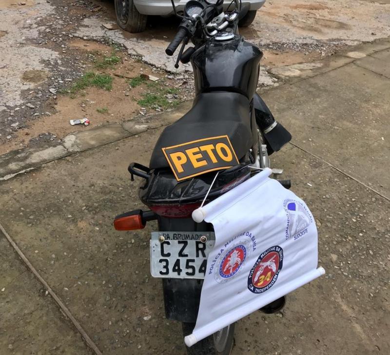 Polícia apreende motocicleta com chassi suprimido e placa falsa em Brumado