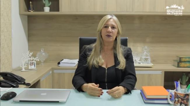 Mensagem da prefeita Terezinha Baleeiro ao aniversário de Malhada de Pedras