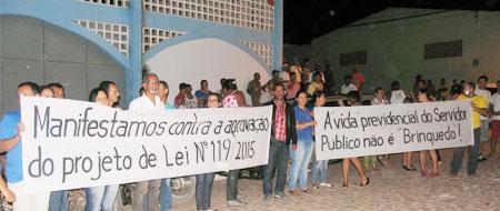 Após desfalque de mais de 1 Milhão prefeito de Ibicoara é pressionado por oposição e servidores