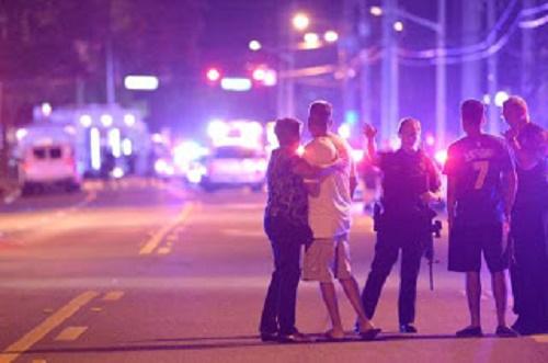 Tiroteio em boate gay deixa dezenas de vítimas em Orlando