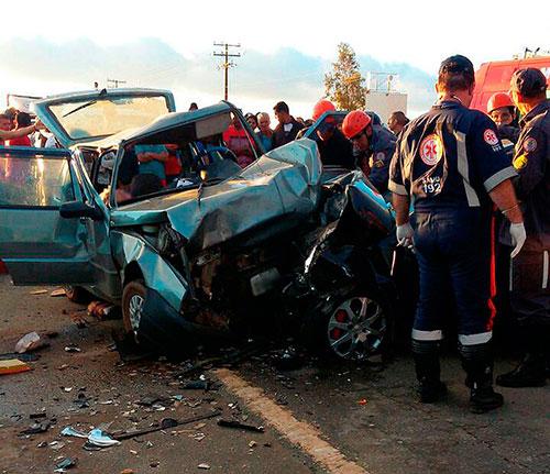 Casal de idosos morre e quatro pessoas ficam feridas em acidente em Conquista