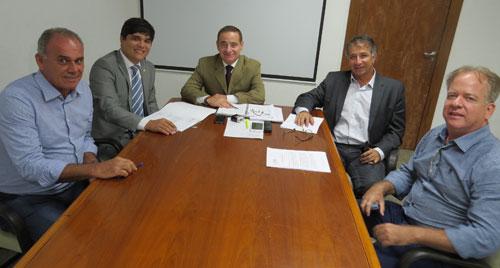 Esgotamento Sanitário e Segunda Etapa de Cristalândia são prioridades para Rui Costa, garantem Vitor Bonfim e Aguiberto