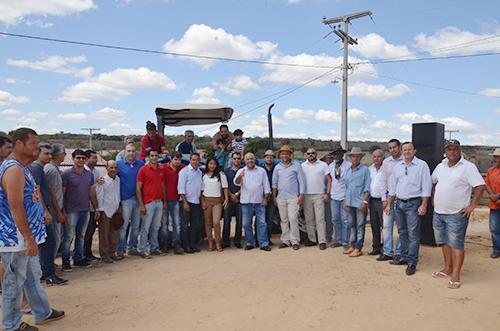 Rio do Antônio: vereador André Berkovitz entrega trator com implementos agrícolas na Comunidade Jardim