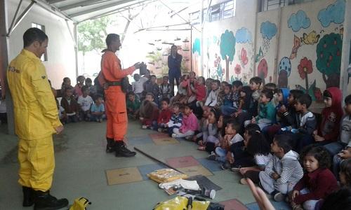 Meio Ambiente: Brigadistas realizam palestra em escolas em Barra da Estiva