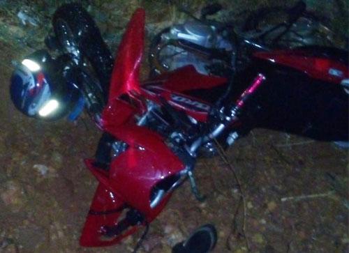 Um pessoa morre e outra fica ferida na BA - 611 próximo ao distrito de Brejinhos das Ametistas / Caetité