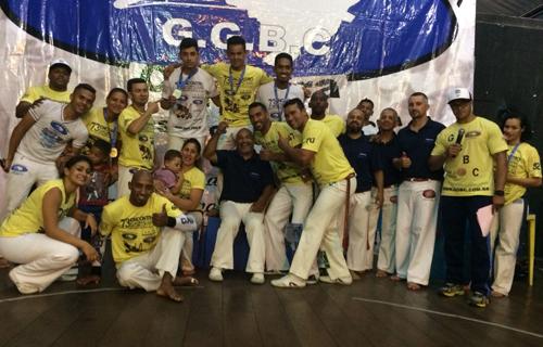 Capoeiristas de Aracatu, Maetinga e Jânio Quadros conquistam medalhas em campeonato realizado em São Paulo