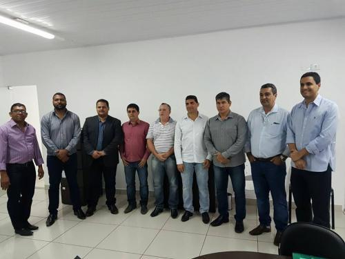 Prefeitos de vários municípios participam de reunião do Chapada Forte