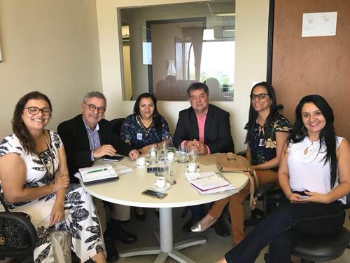 Rio do Antônio: Waldenor e Deca buscam nova adutora, trator, desenvolvimento social e investimentos para a saúde