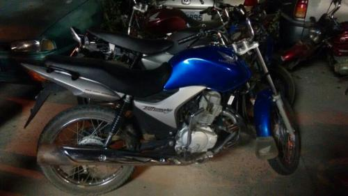 Motocicleta roubada em Aracatu é recuperada pela polícia em Brumado