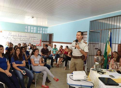 Polícia Militar realiza projetos de ações preventivas nas escolas e comunidades