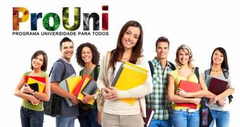 Candidatos na lista de espera do ProUni devem comprovar informações até terça (14)