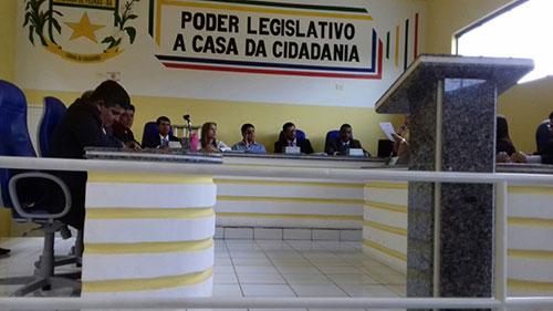 Ceará é afastado pela Câmara de Vereadores de Malhada de Pedras; Vice - prefeito toma posse