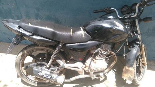 Moto sem placa e com chassi 'pinado' é apreendida em Ituaçu