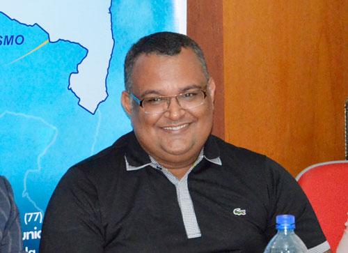 Em Maetinga Edcarlos Lima, lidera com folga pesquisa de intenção de votos