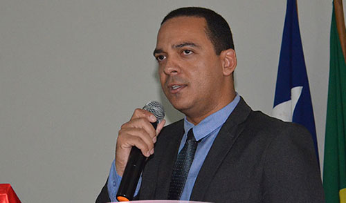 Dr. Peterson Junqueira permanece à frente da assessoria jurídica da Câmara de Guajeru