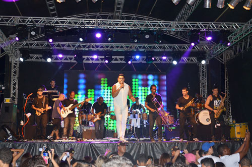 BRUMADO: Beto Bonelly e Gilson Porto agradecem ao público pelo sucesso do Pré-Reveillon do Sítio Novo
