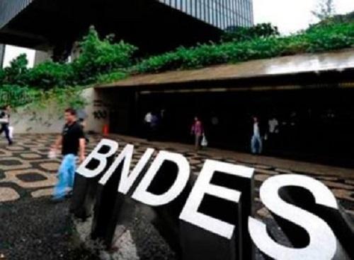 PF aponta quase 2 mil empresários que recebiam Bolsa Família