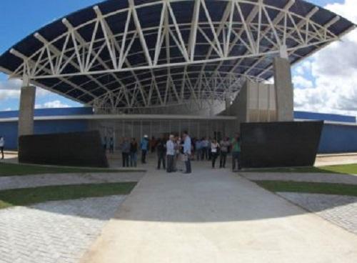 Sesab compra 53 micro-ônibus para consórcios de saúde; 6 convênios receberão veículos