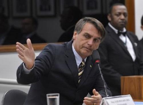 Bolsonaro aguarda antes de ir para o PEN; Muda Brasil pode ser opção