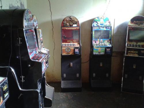 Ibicoara: Polícia apreende máquinas de caça níqueis e fecha estabelecimento de jogos de azar