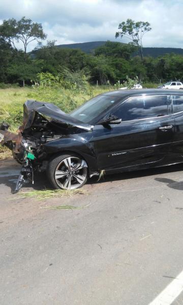 'Nasci de novo', disse motorista após sair ileso de um grave acidente