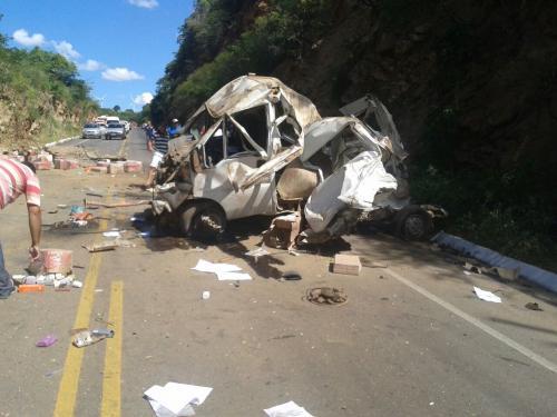 Conquistense morre em acidente na BR - 030, trecho conhecido como Serra dos Brindes