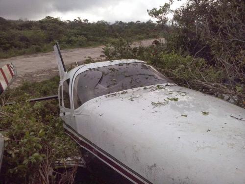 Avião de família de empresários brumadenses faz pouso forçado após pane