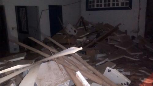 Bandidos explodem agência do Banco do Brasil em Rio de Contas durante a madrugada