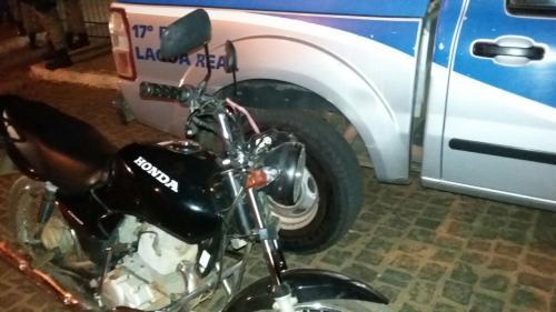Policia Militar recupera veiculo furtado e prende suspeito