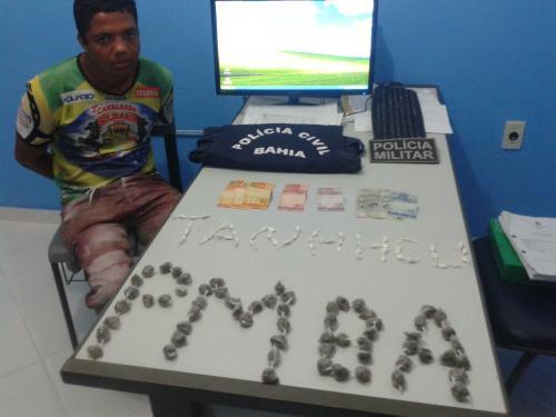 Polícia faz apreensão de drogas em Tanhaçu, um pessoa foi presa