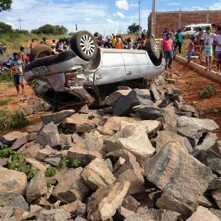 Capotamento deixa uma vítima fatal em Malhada de Pedras