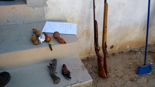 Policias Civil e Militar prendem homem com armas e munições em Maetinga
