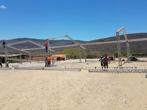 Arena Safadão: Megaestrutura começou a ser montada na manhã de sábado (21) em Brumado