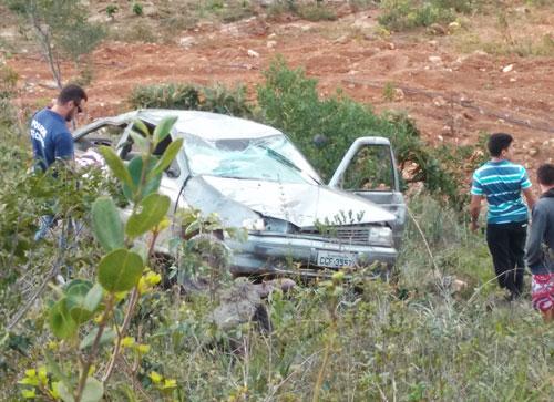 Carro cai em Ribanceira em Ituaçu e mata criança de 8 anos
