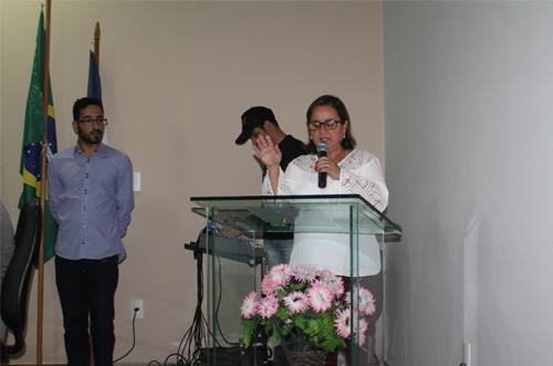 Câmara de Aracatu realiza Sessão Solene e empossa Lêda Matias como prefeita após afastamento de Sérgio Maia