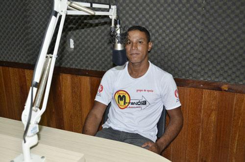 Marcelo, ex viciado em droga e álcool busca ajuda para o Metanóia