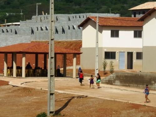 Adiado prazo para entrega das 390 residências do programa 'minha casa, minha vida'