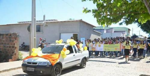 Passeata em Guajeru conscientiza população sobre o Combate ao Abuso e a Exploração Sexual de Crianças