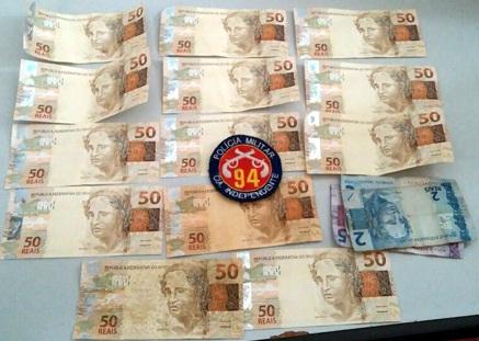 Polícia prende homem com mais de 600 reais em notas falsas em Caetité