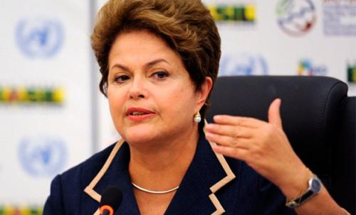 Dilma aprova proposta que triplica verbas destinadas aos partido