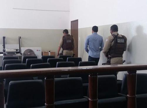 Rio do Antônio: Testemunha do Prefeito Deca é preso durante audiência por falso testemunho