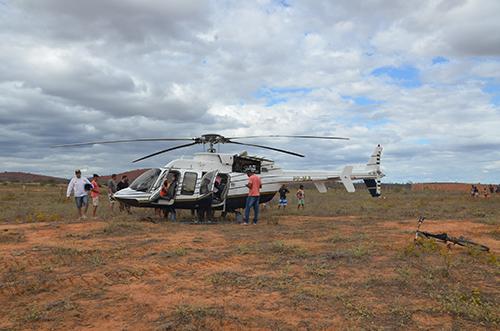 Helicóptero que estava a caminho de Brasília faz pouso forçado em Tanhaçu