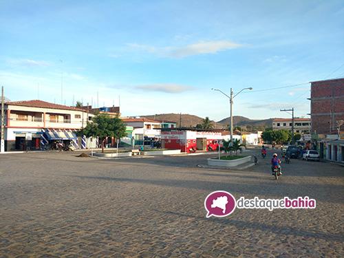Após decisão do TCM e MP prefeitura de Tanhaçu exonera todos os servidores contratados; há ressalvas