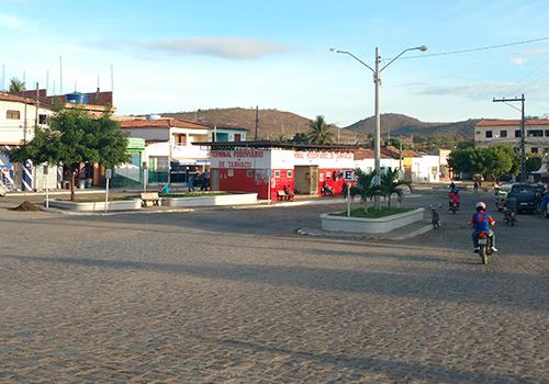 Homem é detido em Tanhaçu após ser flagrado desmanchando carro roubado