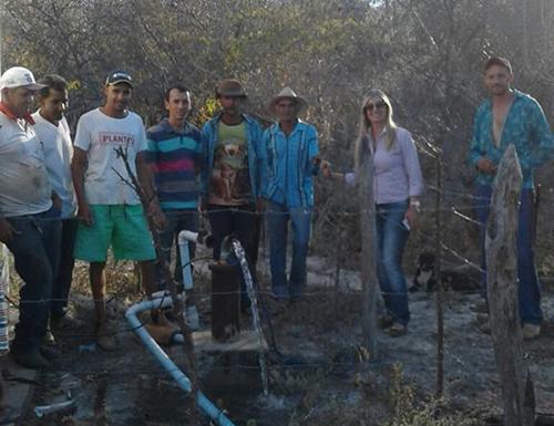 Comunidade de Tanque Velho em Malhada de Pedras é beneficiada com poço artesiano