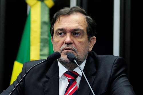 Walter Pinheiro se despede do Senado e assumirá Secretaria de Educação na Bahia