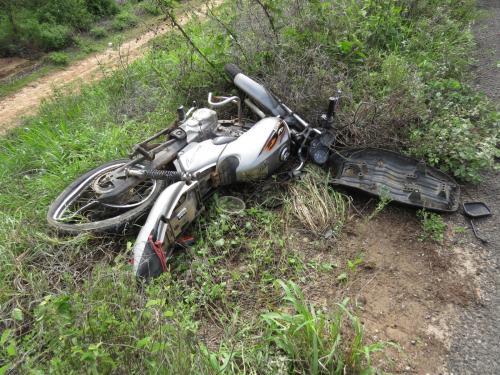 Mulher com dois meses de gravidez fica ferida em acidente na BA - 262