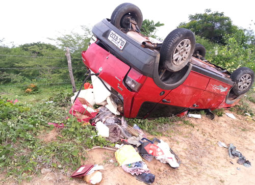 Esposa de pastor morre em acidente envolvendo carro do Presidente da Câmara do Rio do Antônio