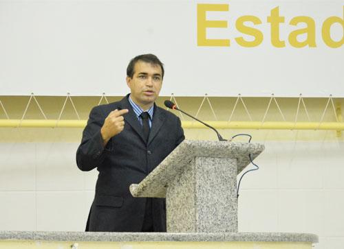 Vereador Alessandro Lôbo solicitará realização de audiência pública para debater regularização de mototaxi e motofrete